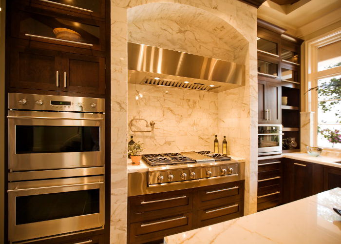 CATERING CENTRAL KITCHEN FOR SALE IN DIP-  4000 SQFT